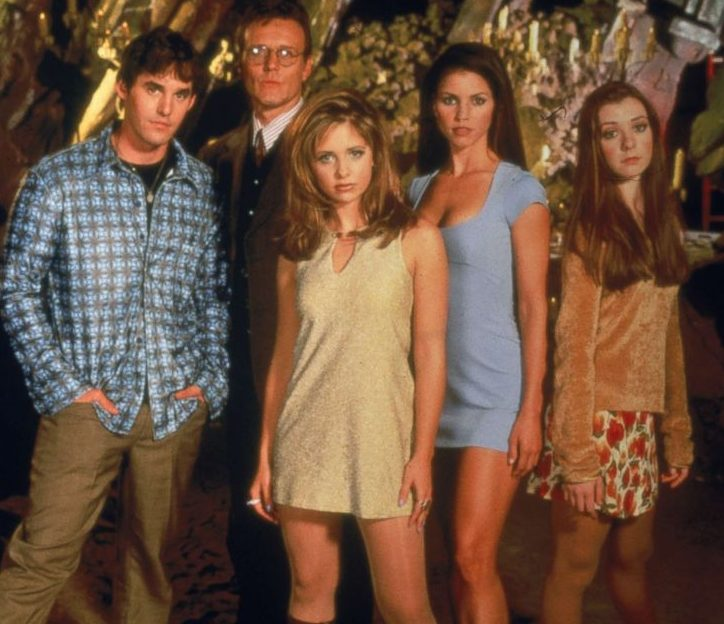 buffy vampire slayer cast file gty jef 190227 hpMain 4x5 992 e1605519360482 21 90s TV Actresses We All Had A Crush On When We Were Younger