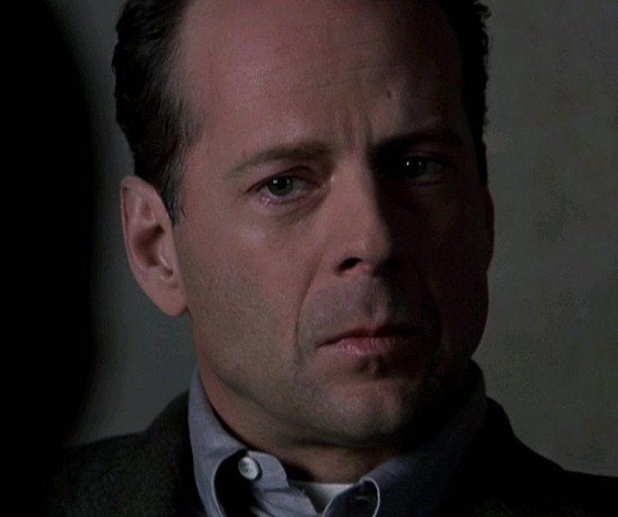 d216a67e1436edff83d6cafe4e9c9143 e1616753826556 20 Things You Never Knew About Bruce Willis