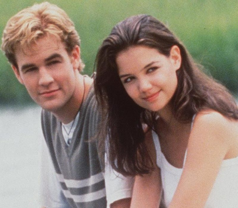 dawsons creek katie holmes james van der beek 1150695 e1616584269917 21 90s TV Actresses We All Had A Crush On When We Were Younger