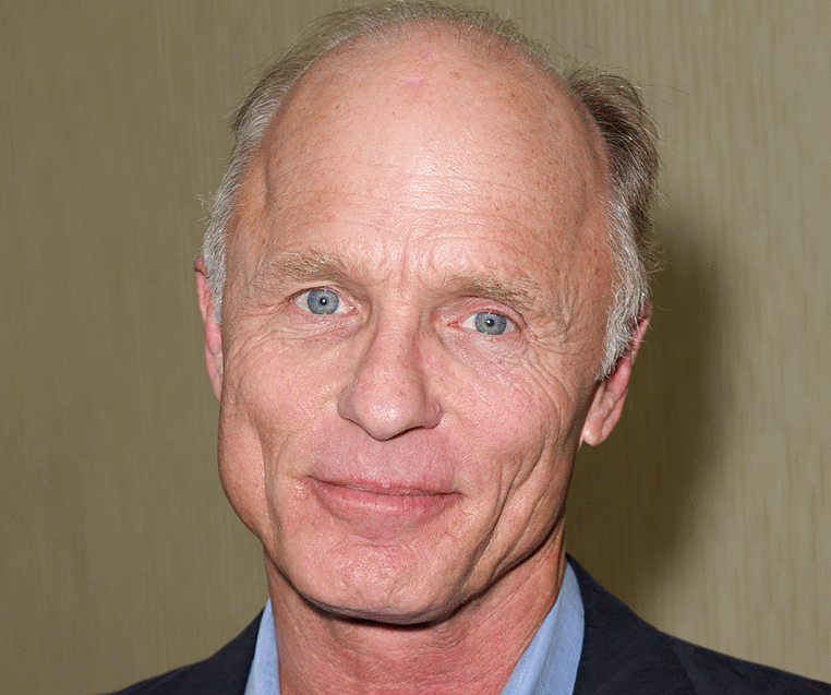 ed harris sc 768x1024 1 e1607337643494 20 Things You Never Knew About Ed Harris