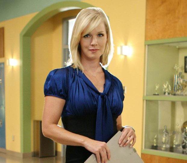 profimedia 0027081589 e1605279535336 21 90s TV Actresses We All Had A Crush On When We Were Younger