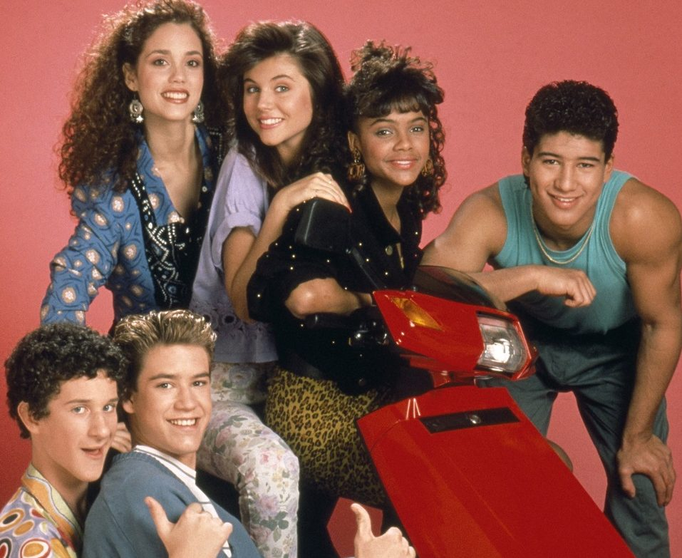 saved by the bell season 3 cast e1605519523101 21 90s TV Actresses We All Had A Crush On When We Were Younger