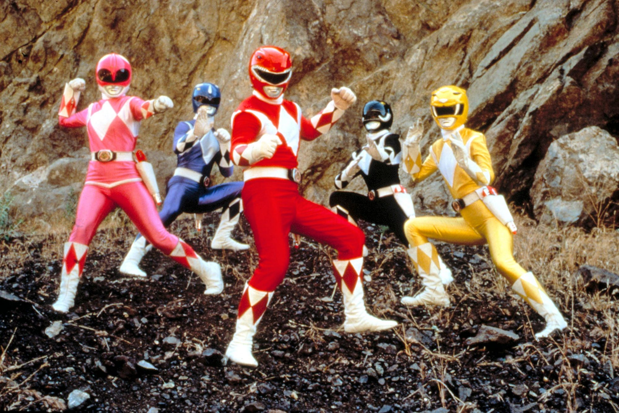 tsdmimo ec015 2000 20 High-Kicking Facts About Mighty Morphin Power Rangers