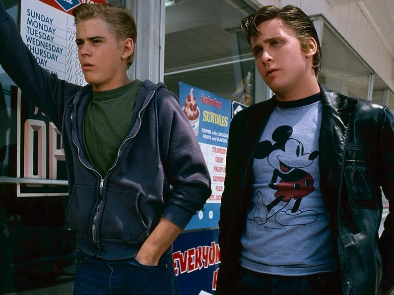 0939358b3b599f1da783318c6713b9bc e1610712951291 20 Things You Probably Didn't Know About The 1983 Film The Outsiders