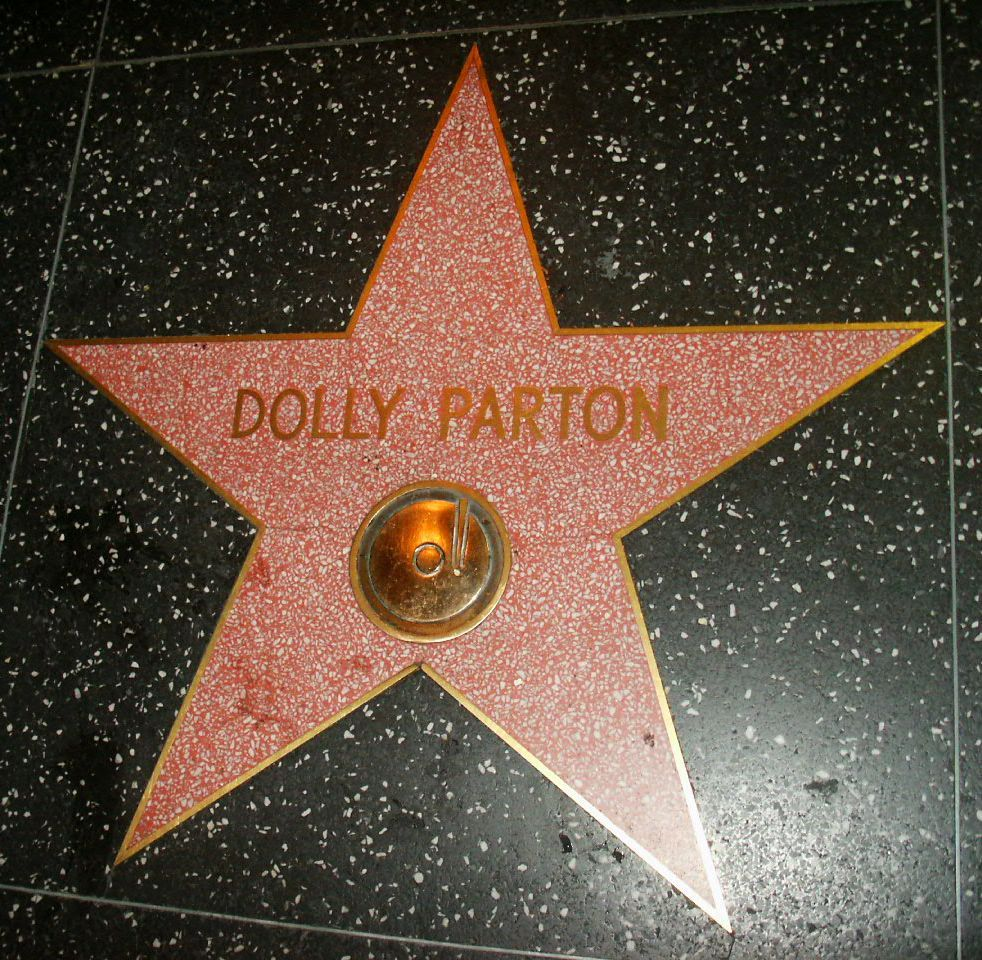 1 162 Sparkling Facts About Dolly Parton, The Rhinestone Queen of Tennessee