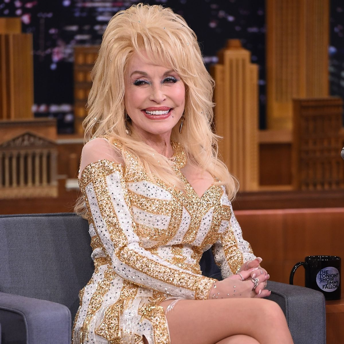 1 167 Sparkling Facts About Dolly Parton, The Rhinestone Queen of Tennessee
