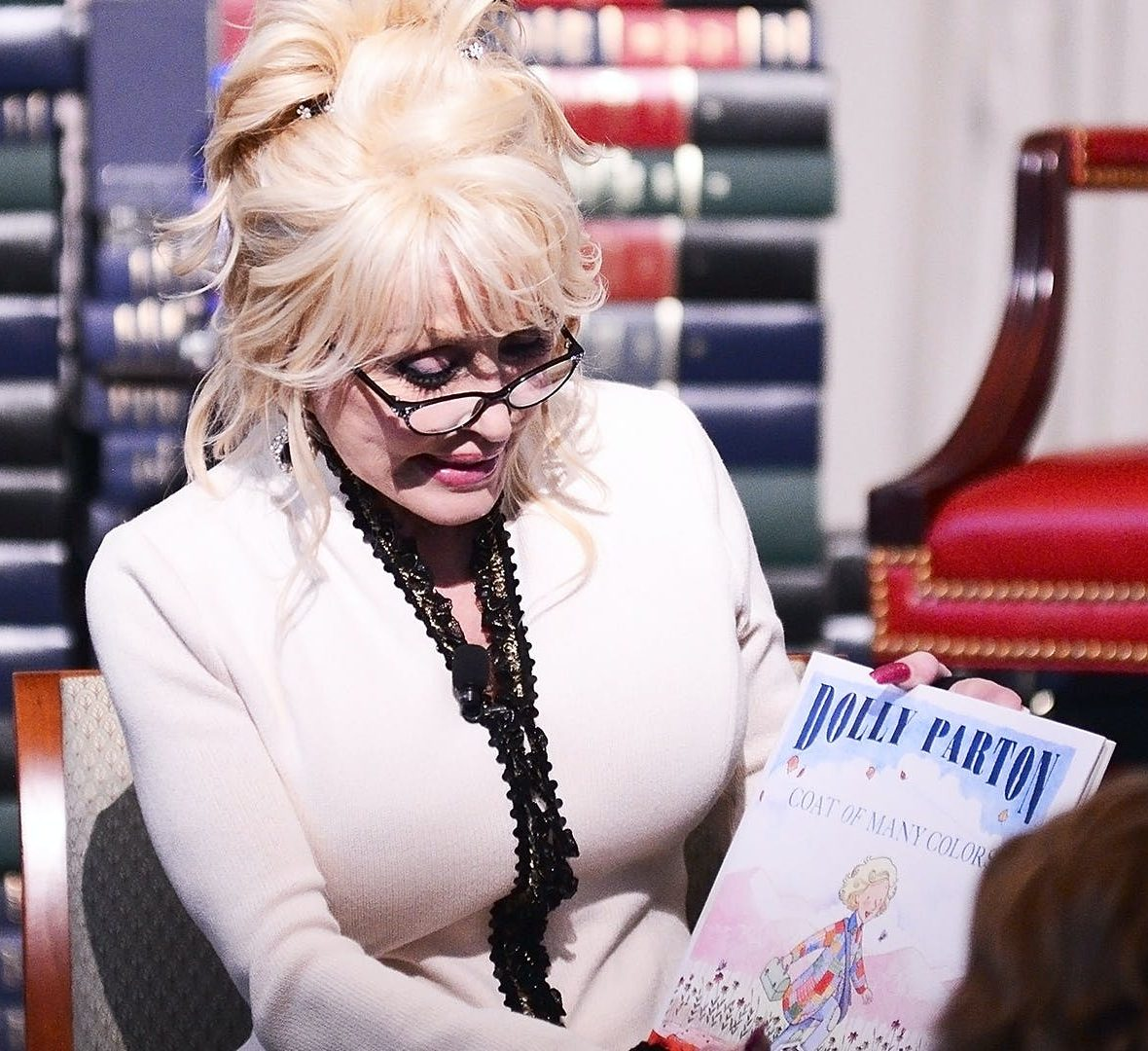 1 231 e1607953755692 Sparkling Facts About Dolly Parton, The Rhinestone Queen of Tennessee