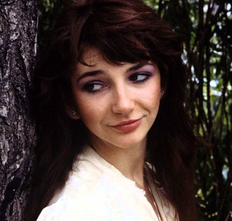 1 353 e1609248445570 10 Things You Probably Didn't Know About Kate Bush