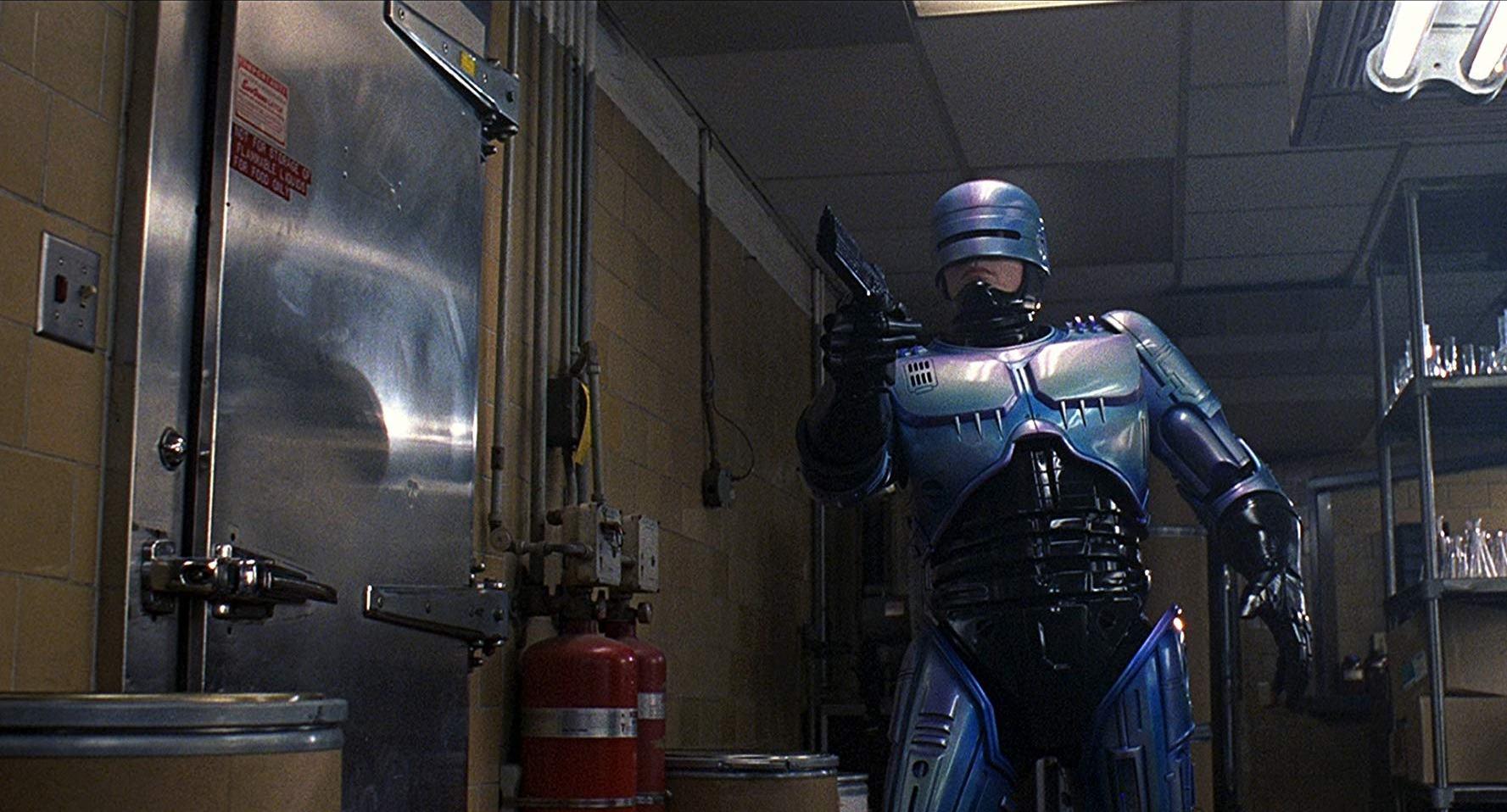 12a 1 20 Futuristic Facts About RoboCop 2
