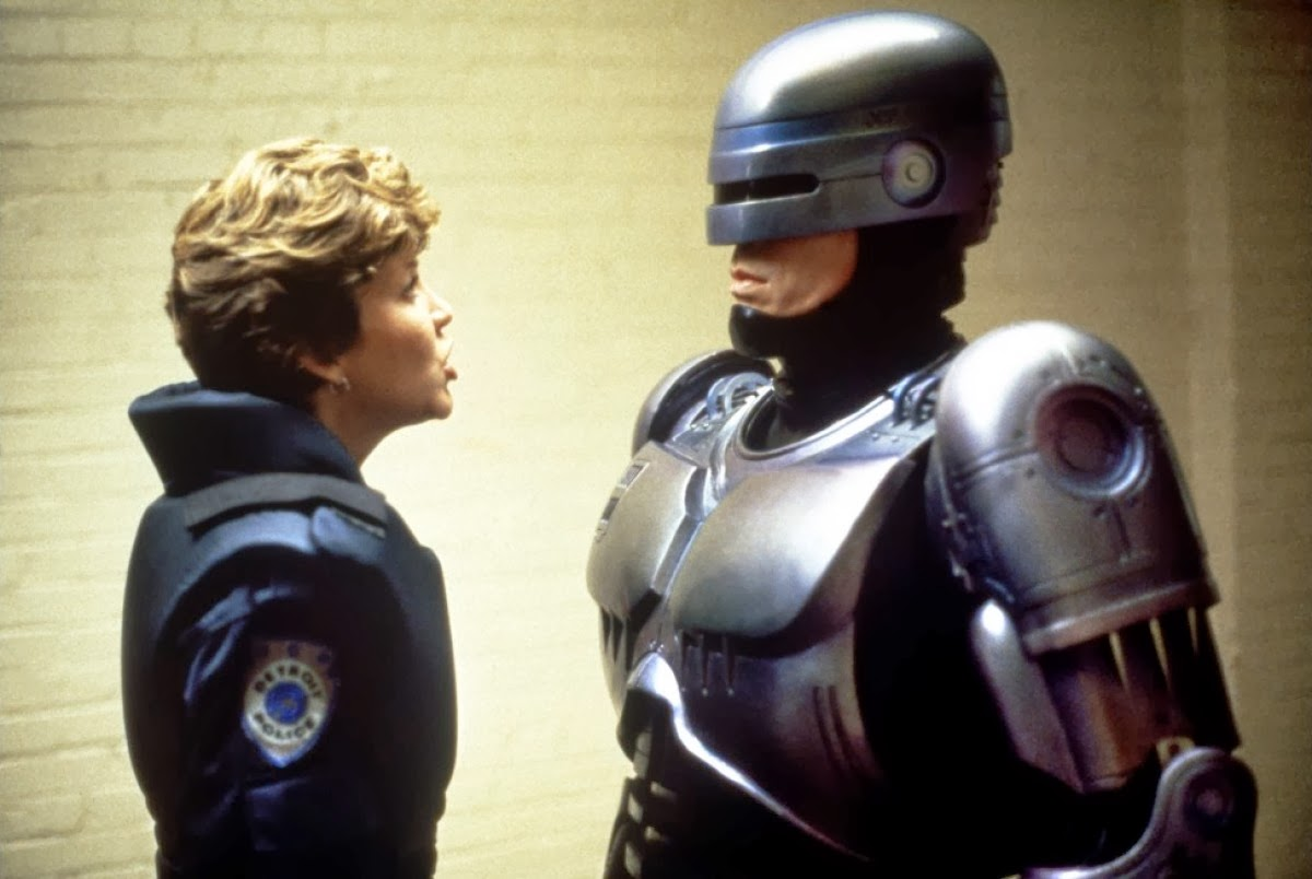 12aa 20 Futuristic Facts About RoboCop 2