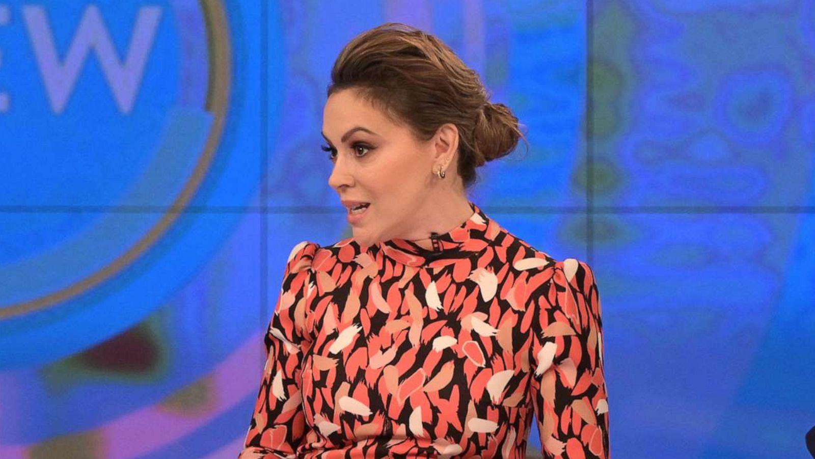 16b 1 20 Things You Probably Didn't Know About Alyssa Milano