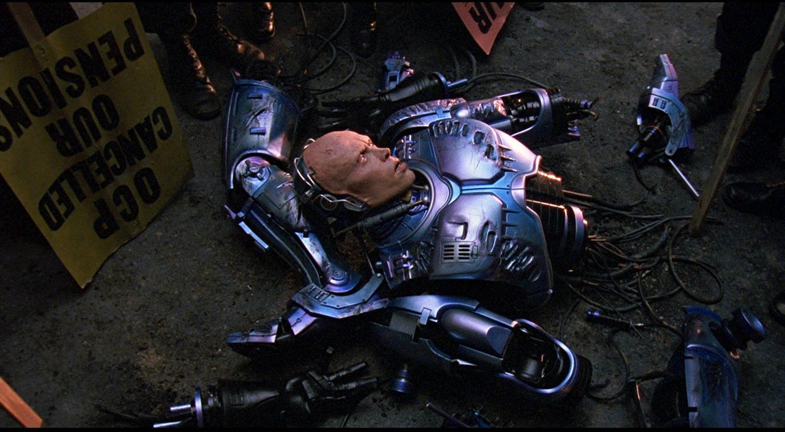 17b e1609346317976 20 Futuristic Facts About RoboCop 2