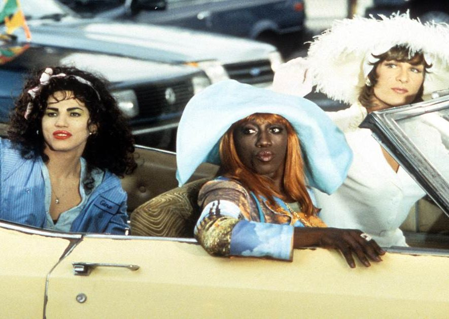 200907 to wong foo mc 1550 43733919b313afc01339bcd5b19cfbad.nbcnews fp 1200 630 e1607953022783 20 Famous Films That Had Almost Identical 'Twins'