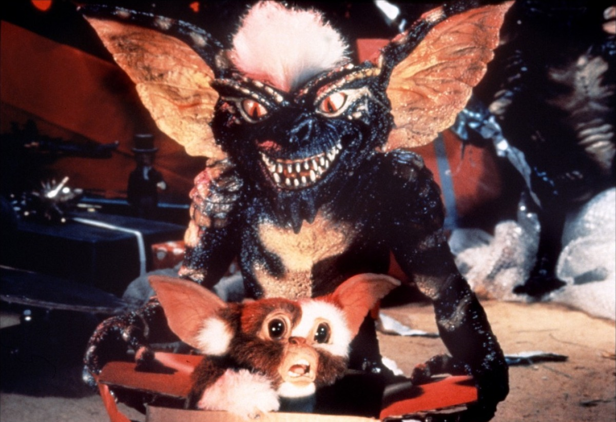 5 things you might not know about joe dante gremlins 20 Famous Films That Had Almost Identical 'Twins'