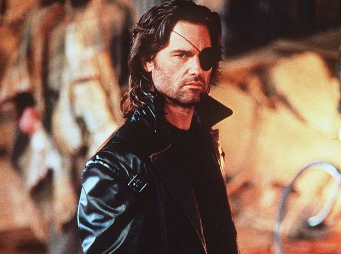 Kurt Russell as Snake Plissken e1608204705319 20 Things You Didn't Know About Escape From LA