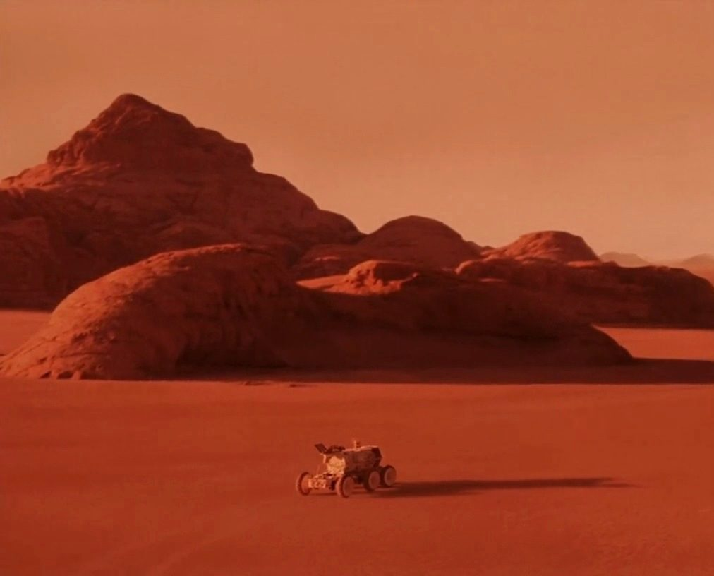 Mission to Mars 2000 10 e1607960119611 20 Famous Films That Had Almost Identical 'Twins'