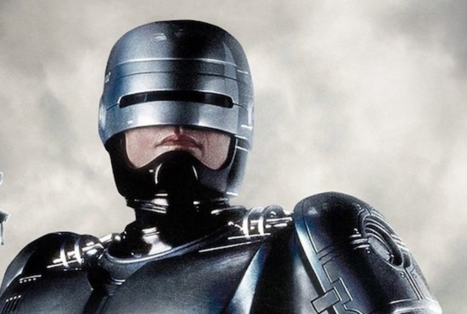 RoboCop Poster Main 1864x1048 1 e1607943976971 20 Famous Films That Had Almost Identical 'Twins'