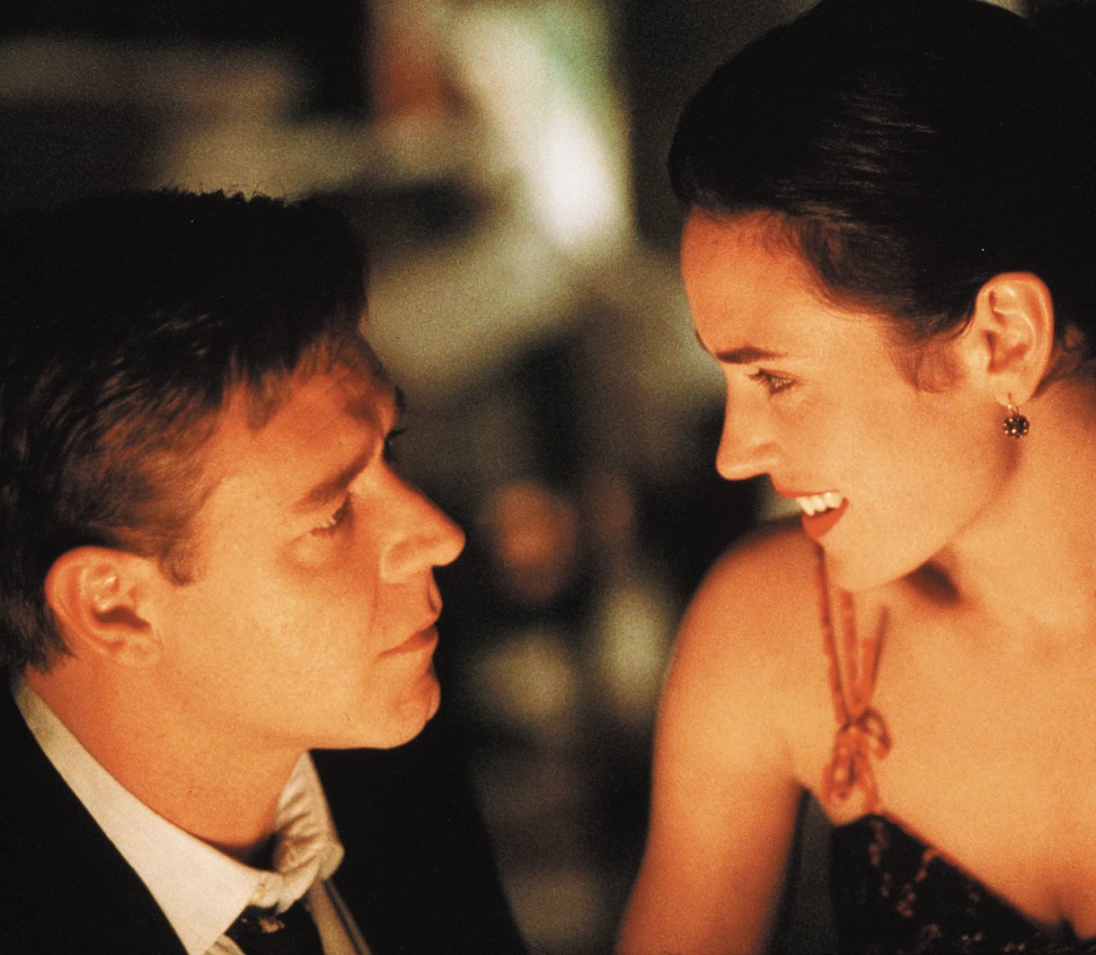 Russell Crowe Jennifer Connelly A Beautiful Mind e1609950335984 20 Things You Probably Didn't Know About Jennifer Connelly