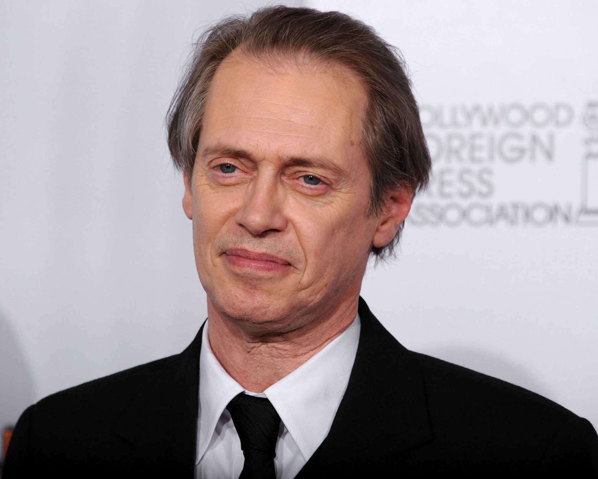 Steve Buscemi scaled e1608209551243 20 Things You Didn't Know About Escape From LA