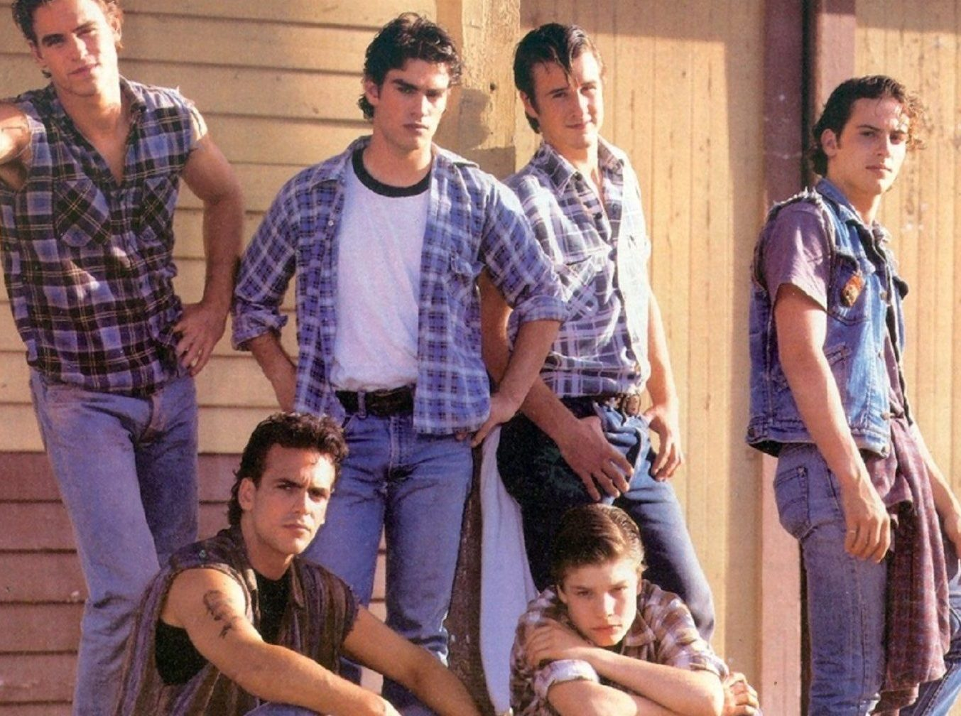 backdrop 1920 e1610638289313 20 Things You Probably Didn't Know About The 1983 Film The Outsiders