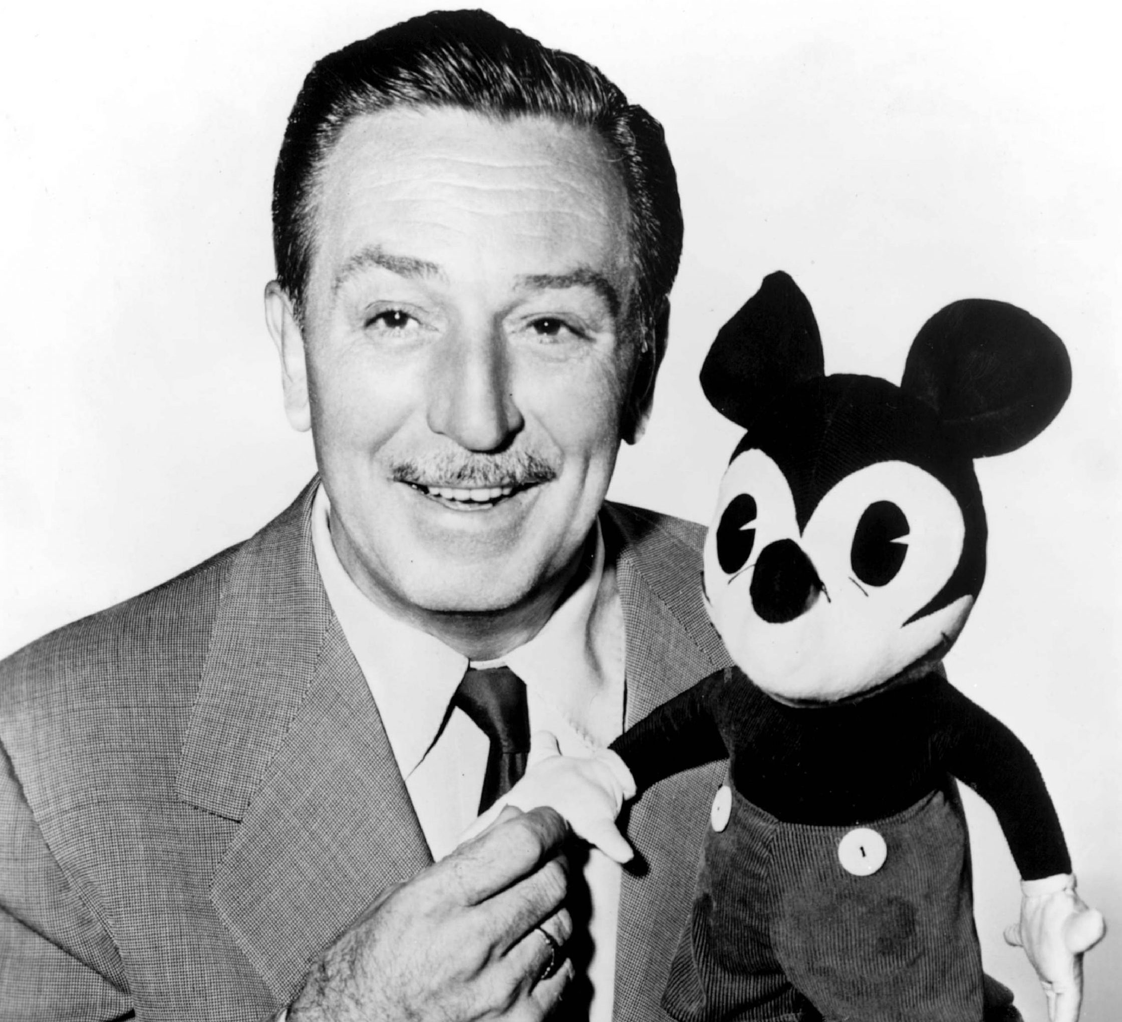 nintchdbpict0000009167901 scaled e1608135472792 20 Magical Facts You Might Not Have Known About Walt Disney