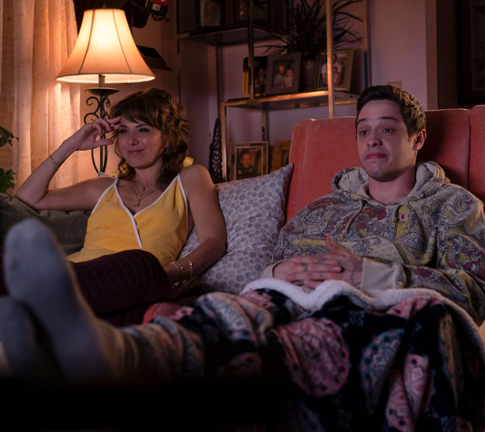 the king of staten island marisa tomei pete davidson e1608119925850 20 Things You Never Knew About Marisa Tomei