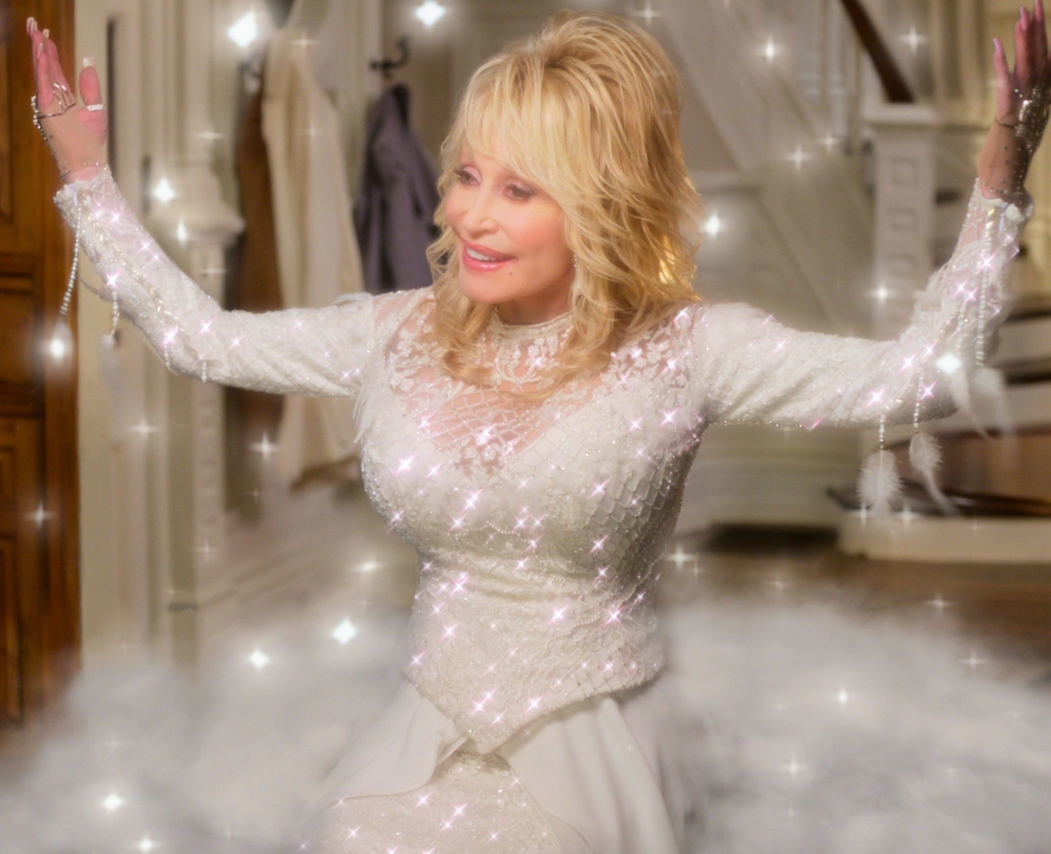 1 101 scaled e1610552122881 Sparkling Facts About Dolly Parton, The Rhinestone Queen of Tennessee