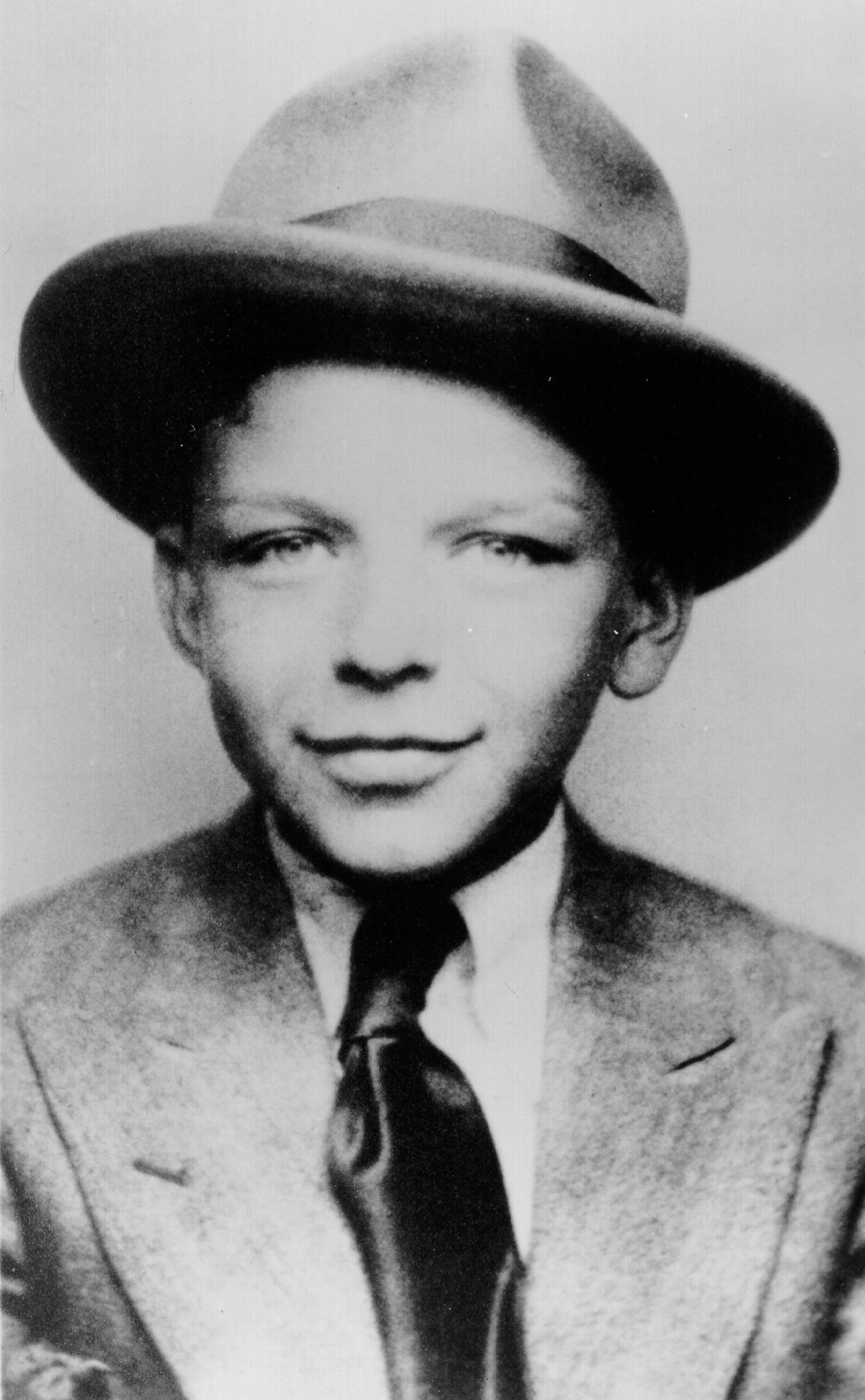 1 255 Frank Sinatra Story: The Scandals And Seductions Of Ol' Blue Eyes