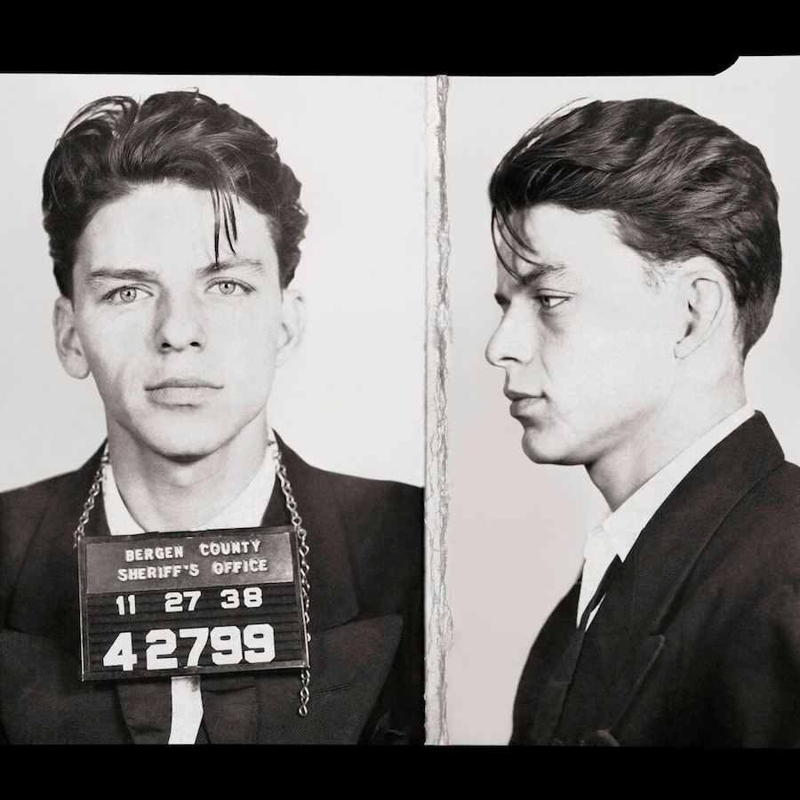 1 262 Frank Sinatra Story: The Scandals And Seductions Of Ol' Blue Eyes
