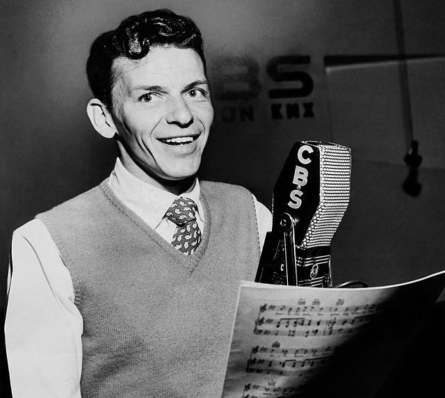 1 302 e1611756427973 Frank Sinatra Story: The Scandals And Seductions Of Ol' Blue Eyes