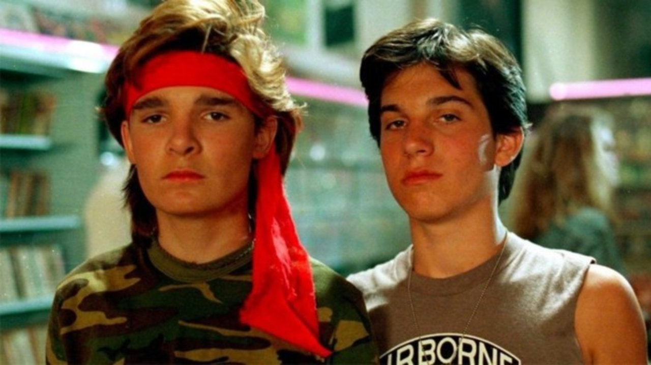 16a 20 Full-Blooded Facts About The Lost Boys