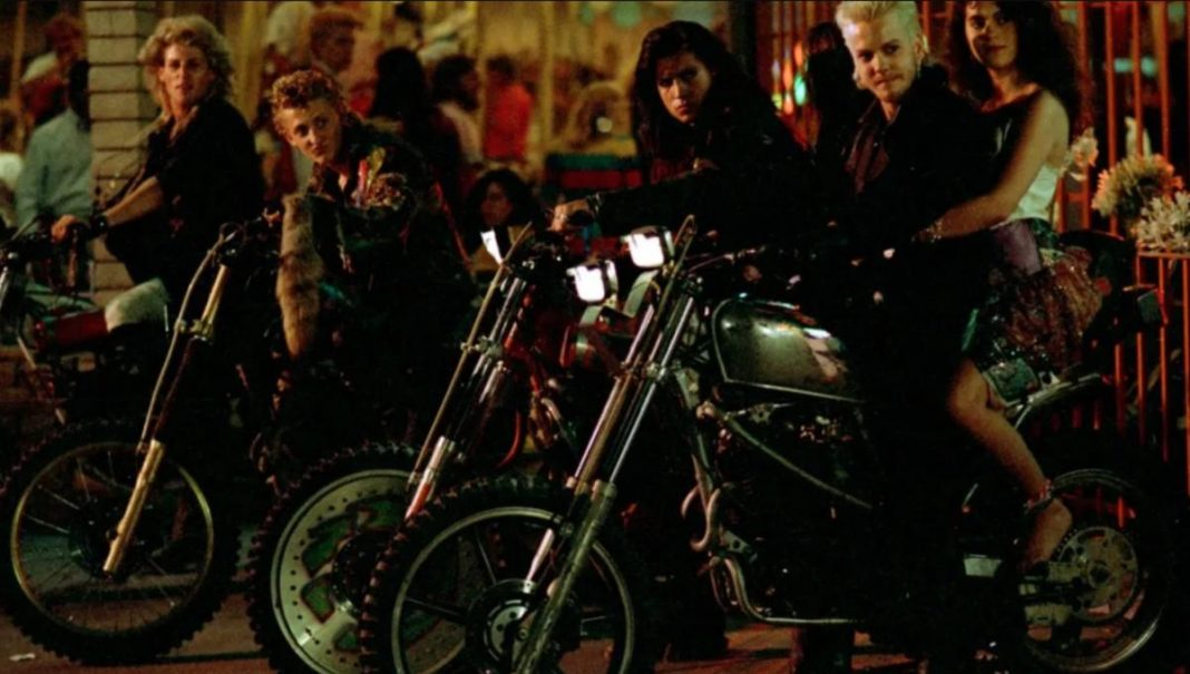 17aa 20 Full-Blooded Facts About The Lost Boys