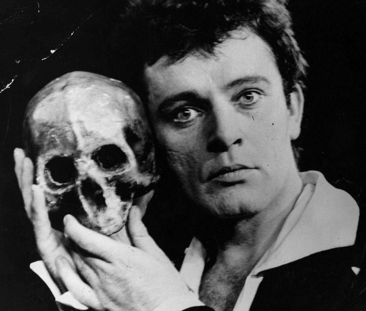 3404362.0.1541790351 e1611747619618 The Remarkable Life Of Richard Burton