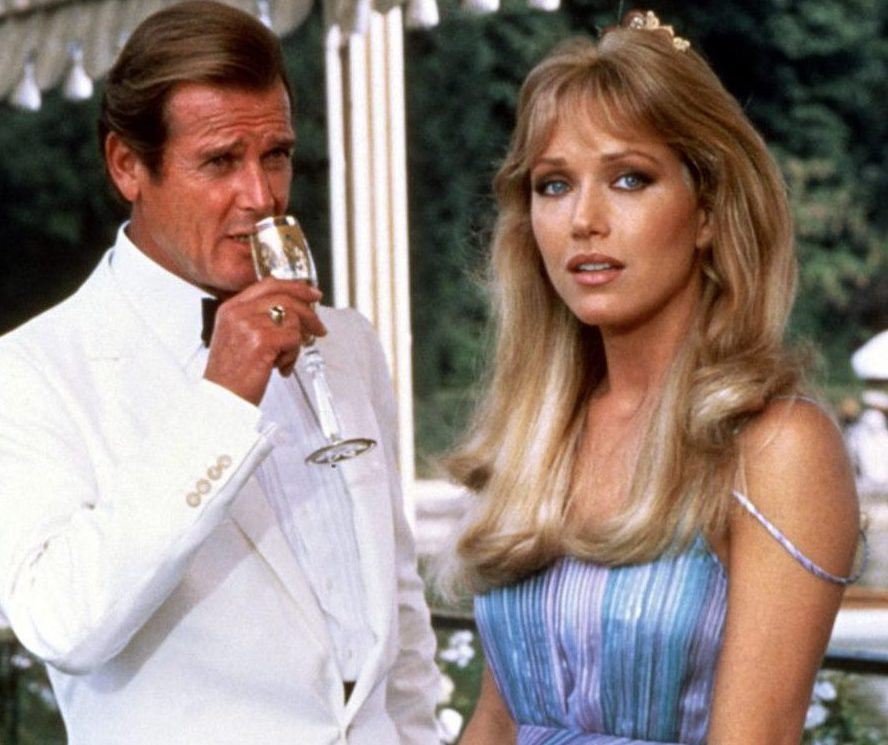 5506e6e04744c229d26fa527a0bb5208 e1609758174427 Bond Girl Tanya Roberts Dies Aged 65