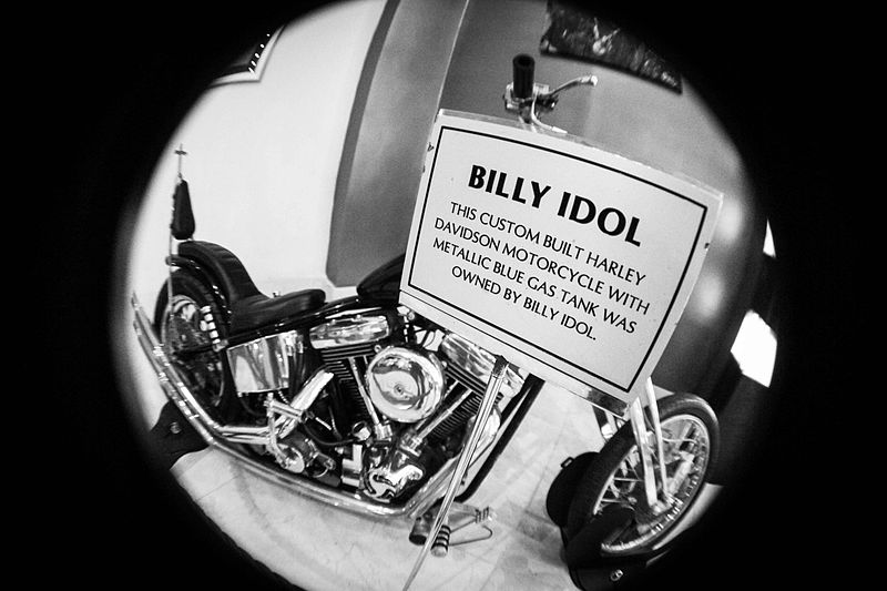 Billy Idols custom built Harley Davidson Motorcycle with metallic blue gas tank HRC Punta Cana 20 Things You Probably Didn't Know About Billy Idol
