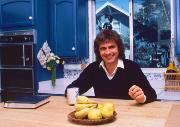 Dudley Moore 1980 6bwc scaled e1594238615111 20 Things You Never Knew About Dudley Moore