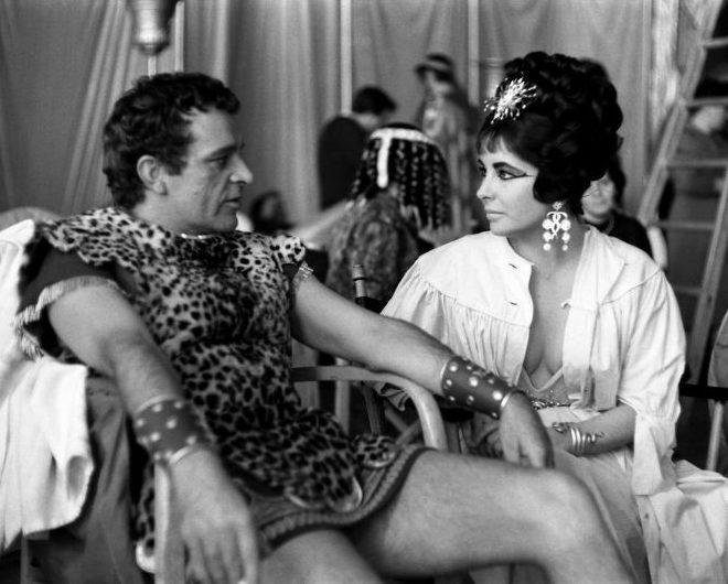 Richard Burton and Elizabeth Taylor on the set of Cleopatra 1962. Photo By Paul Schutzer e1611763052995 The Remarkable Life Of Richard Burton