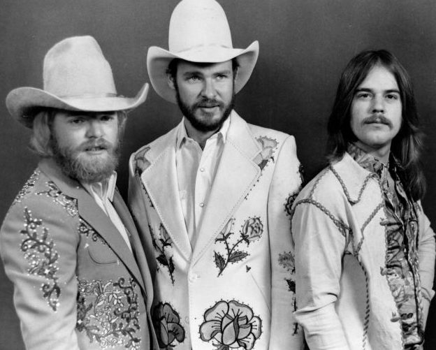 ZZ Top Before Beards GettyImages 630 74301941 jpg 160509 e1610374043126 10 Sharp-Dressed Facts About ZZ Top