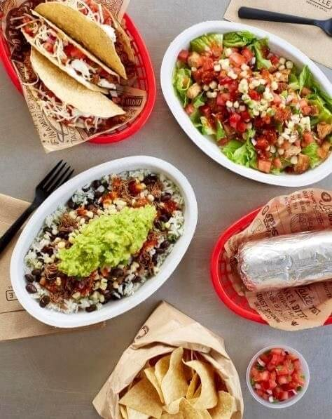 image s6j8i1fjnejdBIzp 40 Fast-Food Ordering Secrets You Need To Know To Make Your Meal Better