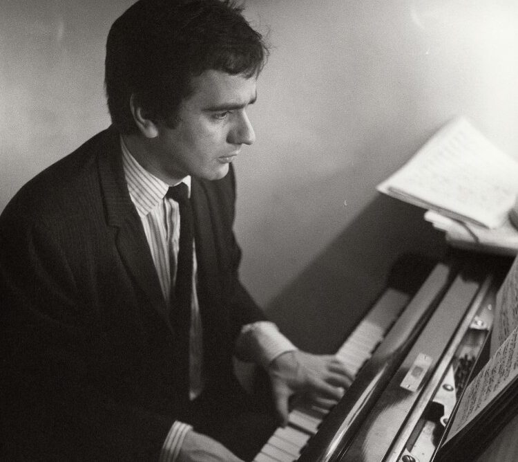 mw197462 e1610112684904 20 Things You Never Knew About Dudley Moore