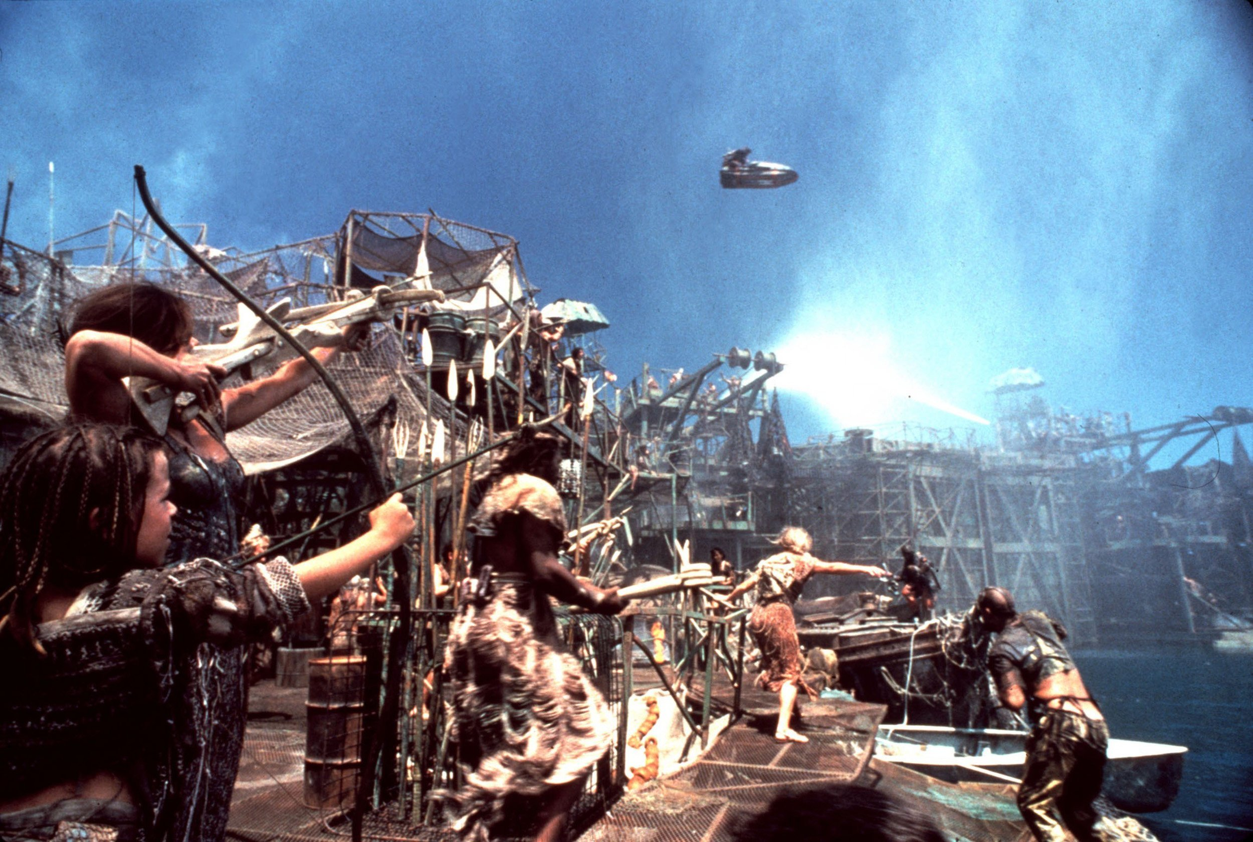 07 27 waterworld 02 Waterworld: The Story Behind One Of The Biggest Hollywood Disasters Of All Time