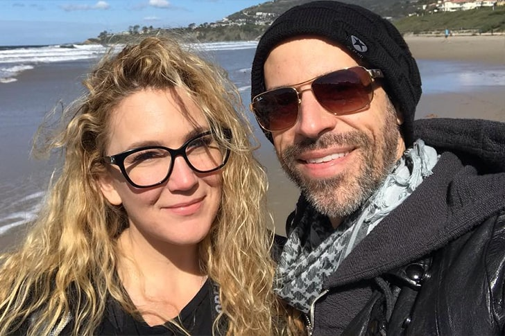 Chris Daughtry and Deanna Daughtry 1 min True Love Exists In Hollywood And These Celebrity Couples Prove It