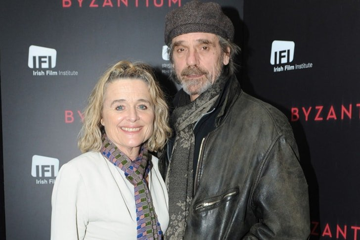 Jeremy Irons and Sinéad Cusack min True Love Exists In Hollywood And These Celebrity Couples Prove It