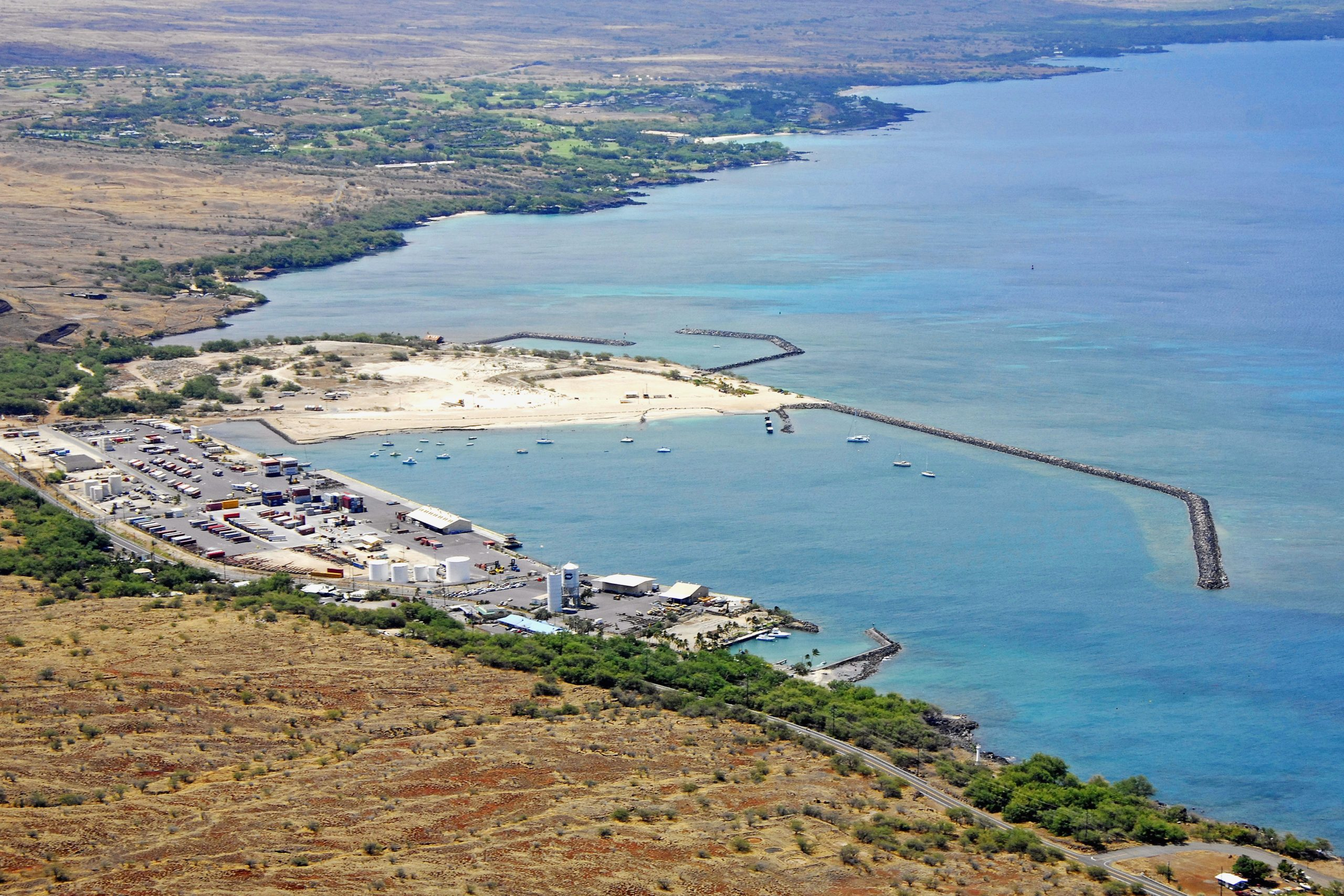Kawaihae Harbor scaled Waterworld: The Story Behind One Of The Biggest Hollywood Disasters Of All Time