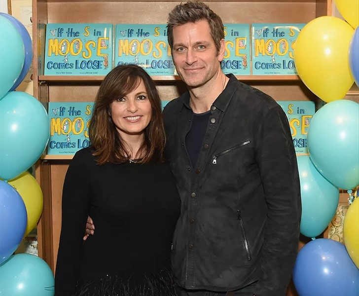 Peter Hermann and Mariska Hargitay min True Love Exists In Hollywood And These Celebrity Couples Prove It