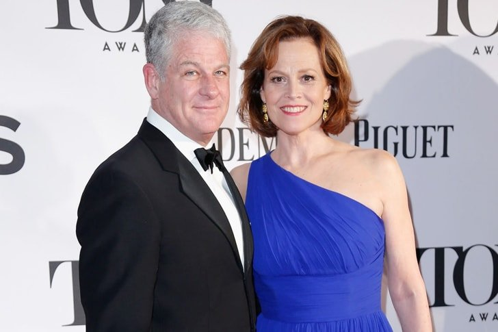 Sigourney Weaver and Jim Simpson min True Love Exists In Hollywood And These Celebrity Couples Prove It