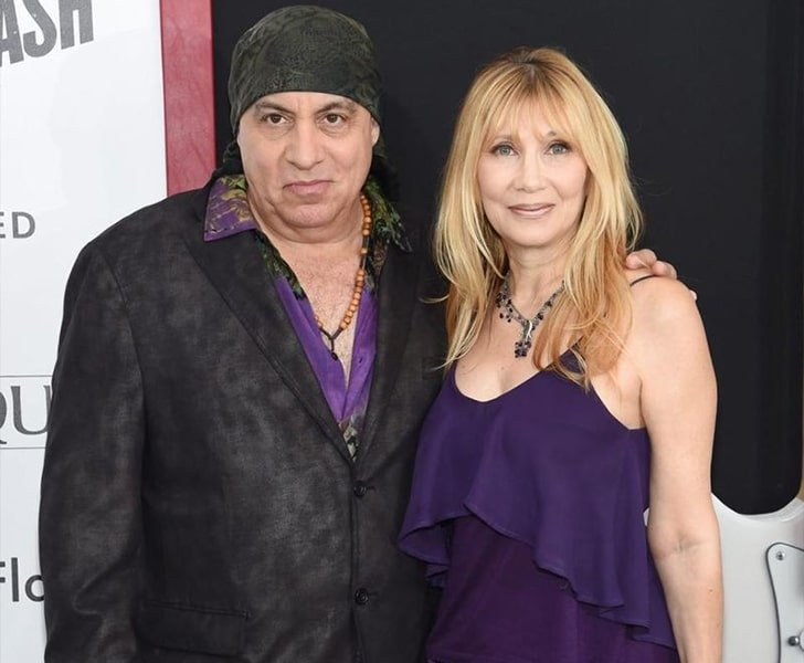 Steven Maureen Van Zandt min True Love Exists In Hollywood And These Celebrity Couples Prove It
