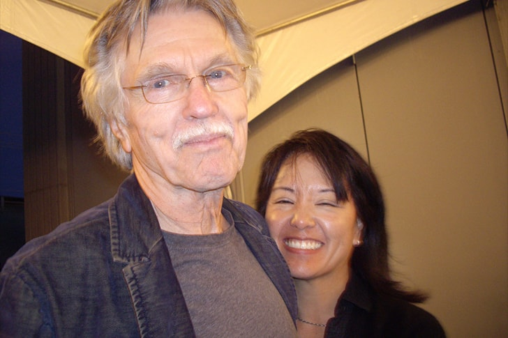 Tom Skerritt and Julie Tokashiki min True Love Exists In Hollywood And These Celebrity Couples Prove It