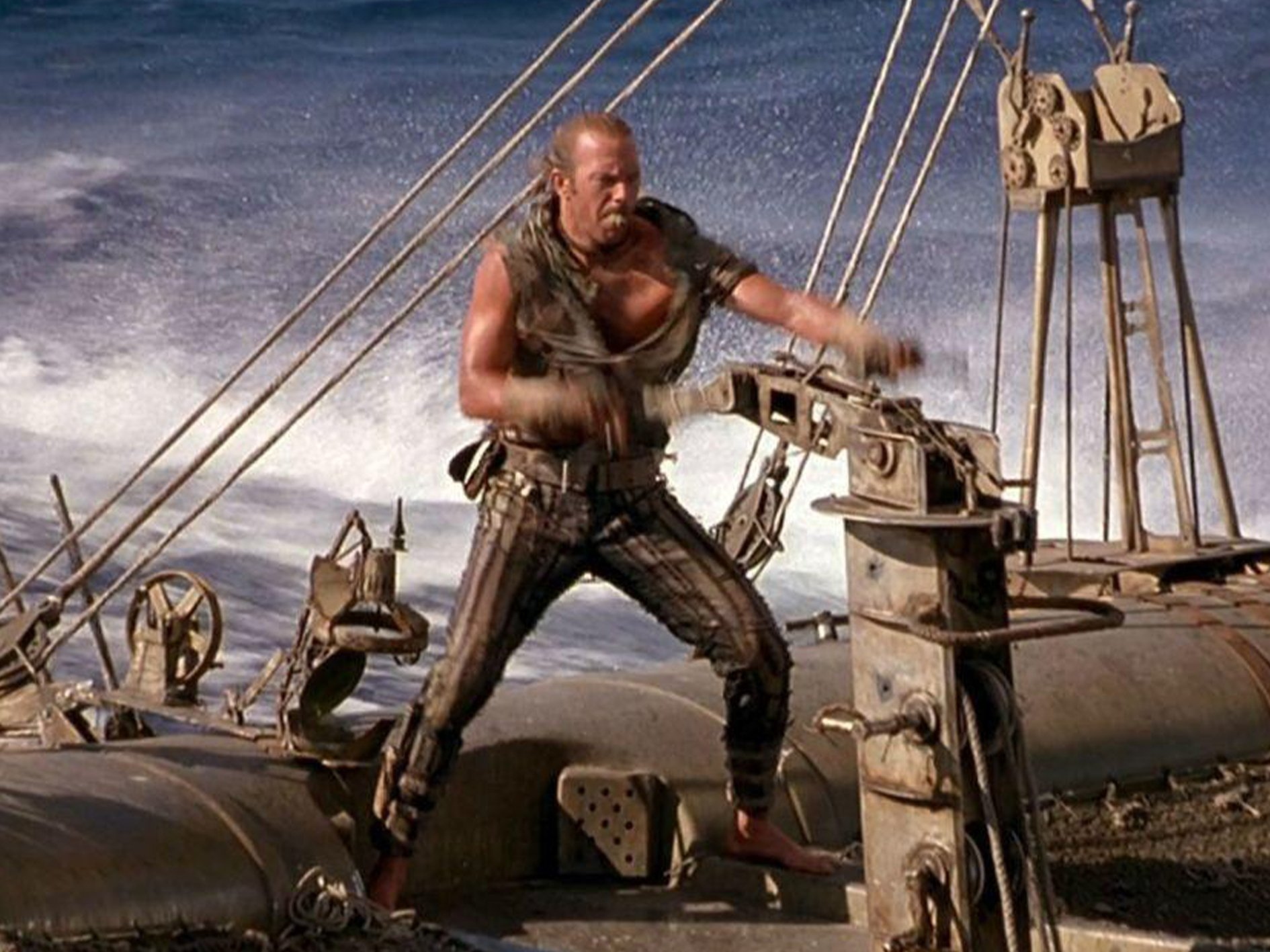 Waterworld 1 Waterworld: The Story Behind One Of The Biggest Hollywood Disasters Of All Time