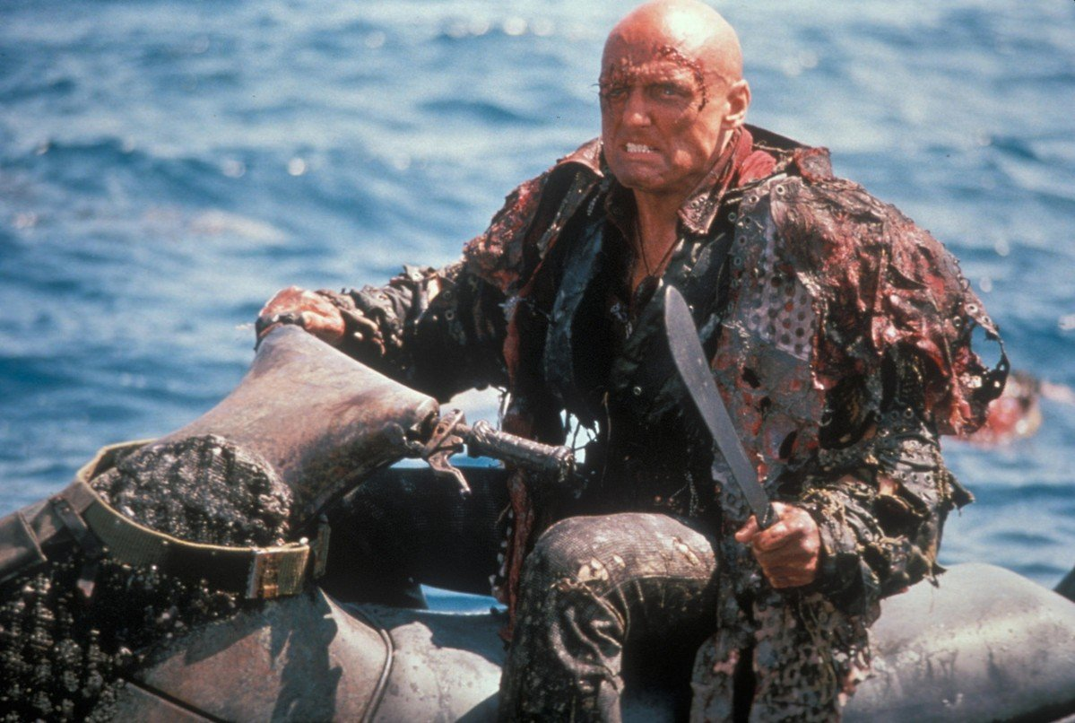 waterworld hopper jetski Waterworld: The Story Behind One Of The Biggest Hollywood Disasters Of All Time